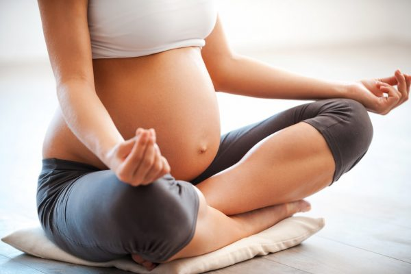 【孕婦瑜珈】孕婦瑜珈好處有什麼?3個入門級動作推薦!
